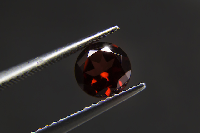 January Birthstone – Garnet