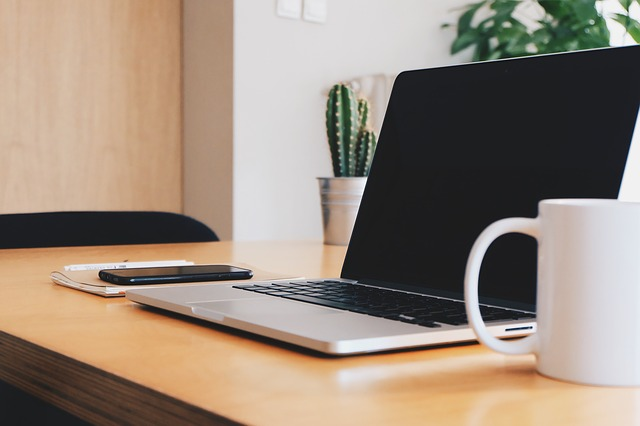 10 Health and Safety Tips for Laptop Usage